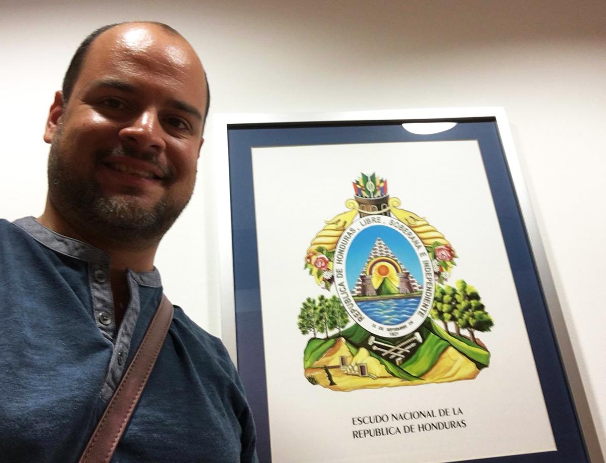 Reconocimiento de parte del Consulado de Honduras en Barcelona